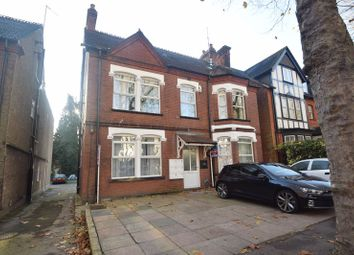 Thumbnail 1 bed flat to rent in Studley Road, Luton