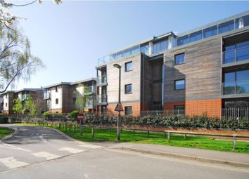 Thumbnail 2 bed flat to rent in Henley-On-Thames, Town Centre