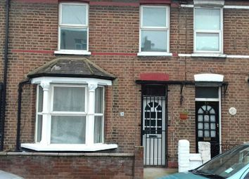 Thumbnail 3 bed terraced house to rent in Oaklands Park Ave, Illford