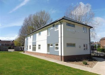 Thumbnail 2 bedroom flat to rent in Park Lane, Cosham, Portsmouth