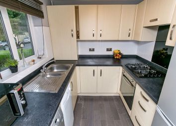 2 bed flat for sale in Court Bushes Road, Whyteleafe CR3