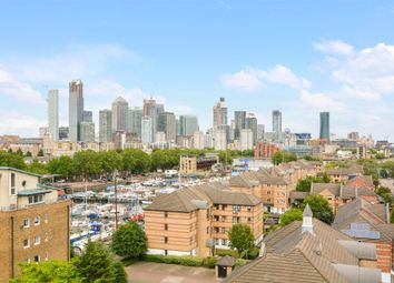 Marine Wharf, Canada Water SE16. 3 bed flat for sale