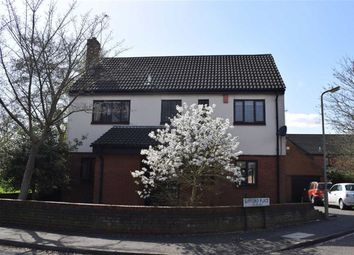 Thumbnail 4 bed detached house to rent in Gifford Place, Brentwood, Essex