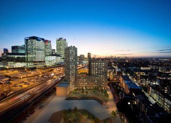 Thumbnail 3 bed flat for sale in Mnahattan Plaza, Canary Wharf