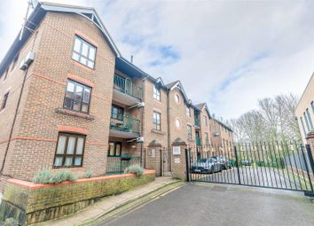 Thumbnail 2 bed flat for sale in Sheet Street, Windsor