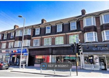 3 bed flat to rent in Ripple Road, Barking IG11