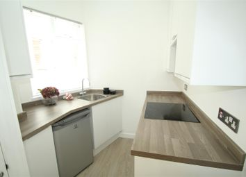 Thumbnail Studio to rent in Greencoat Row, London