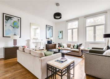 Thumbnail 4 bed property for sale in Queen's Gate, London
