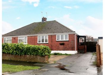 Thumbnail 2 bed bungalow to rent in Clinton Road, Waterlooville
