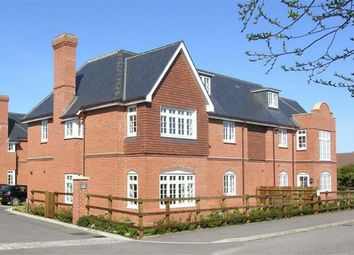 Thumbnail 2 bed flat to rent in Gate Lodge, Newbury