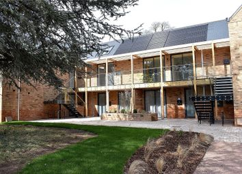 Pickersleigh Road, Malvern, Worcestershire WR14. 2 bed flat for sale