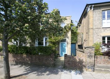 Thumbnail 2 bed flat for sale in Malvern Road, Hackney