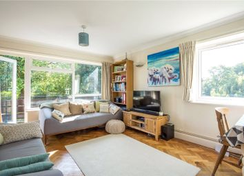 Thumbnail 2 bed flat to rent in Cedar Drive, East Finchley, London