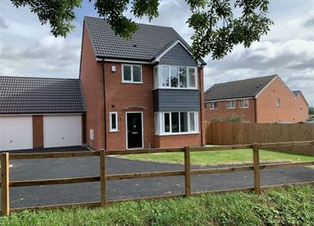 Thumbnail 4 bed link-detached house for sale in Windsor Gardens, Croft, Leicester