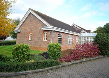 Thumbnail 3 bed flat for sale in Whybrow Gardens, Berkhamsted