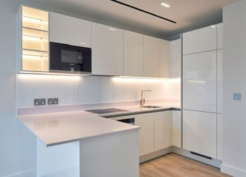 Thumbnail 1 bed flat for sale in Union Street, London