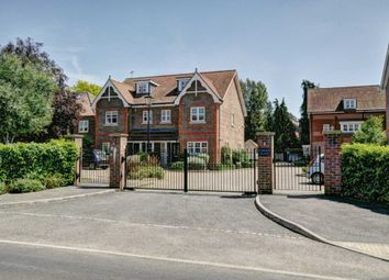 Thumbnail 4 bed town house for sale in Carlton Place, Marlow