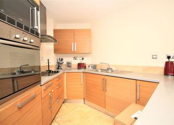 Thumbnail 2 bed flat to rent in City Tower, 3 Limeharbour, Canary Wharf