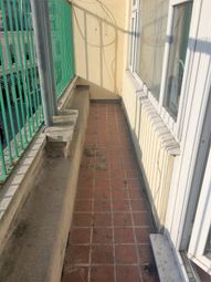 Thumbnail 2 bed flat to rent in Braddons Hill Rd West, Torquay