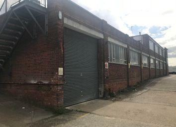 Thumbnail Warehouse to let in Fowler Road, Hainault