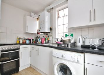 3 bed flat to rent in High Street, Guildford, Surrey GU1