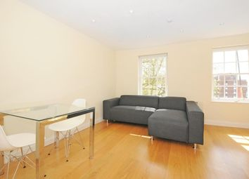 Thumbnail 1 bedroom flat to rent in Holland Park Avenue W11,