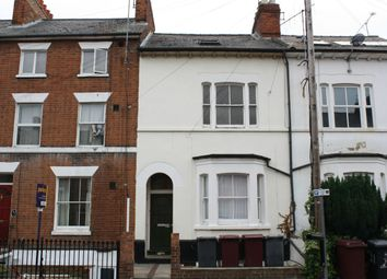 Thumbnail 2 bed flat to rent in Waylen Street, Reading, Berkshire