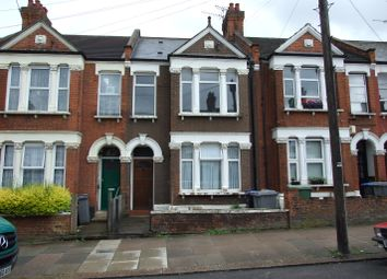 Thumbnail Room to rent in Leghorn Road, London