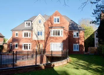 Thumbnail 3 bed flat to rent in Warwick Road, Solihull