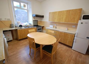 Thumbnail 5 bed flat to rent in Crown Street, Aberdeen