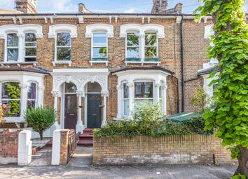 Woodville Road, Bushwood Area E11. 1 bed flat