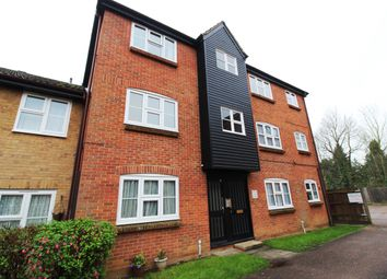 2 bed flat to rent in Redmayne Drive, Chelmsford CM2