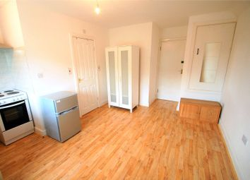 Thumbnail Studio to rent in The Parade, Sudbury Heights Avenue, Greenford
