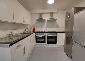 Thumbnail 1 bedroom property to rent in Pier Street, Humber Street, Hull