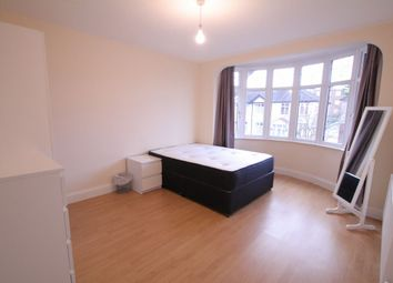 Thumbnail Room to rent in Westrow Drive, Barking