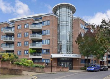 3 bed flat for sale in High Street, Purley, Surrey CR8