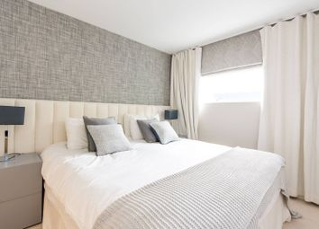 Thumbnail 1 bedroom flat for sale in Grosvenor Waterside, Chelsea