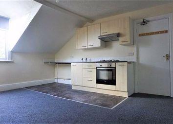 Thumbnail 1 bed flat to rent in 149 Princes Avenue, Hull