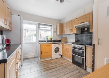 Thumbnail 5 bed flat for sale in Cowbridge Lane, Barking