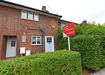 Thumbnail 2 bed maisonette to rent in Huntingfield Road, London