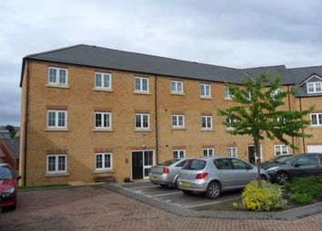 Thumbnail 2 bedroom flat to rent in Broadlands View, Pudsey, West Yorkshire