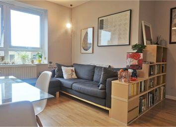 Thumbnail 2 bed flat for sale in Londesborough Road, Stoke Newington