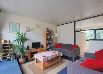 Thumbnail 2 bedroom flat to rent in Rowley Way, London