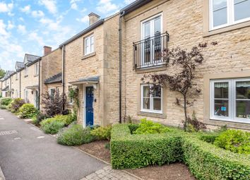 The Orchard, The Croft, Fairford GL7. 2 bed flat for sale