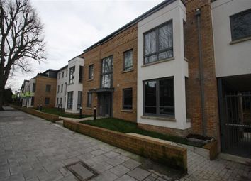 Thumbnail 2 bed flat to rent in St Margarets Road, St Margarets, Twickenham