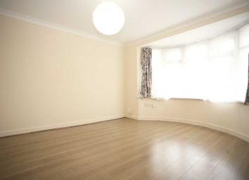 2 bed maisonette to rent in Flora Gardens, Chadwell Heath RM6