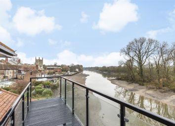 Thumbnail 2 bed flat for sale in Bridge Wharf Road, Isleworth