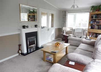 Thumbnail 3 bedroom mobile/park home for sale in Cambridge Road, Stretham, Ely