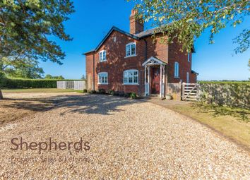 Thumbnail 4 bed detached house to rent in Linces Farm, Kimpton Road, Welwyn, Herts