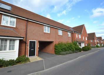 Thumbnail 2 bedroom flat to rent in Whittaker Drive, Horley